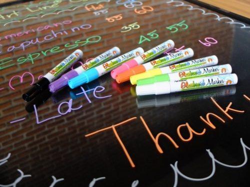 Artline-Glassboard-Marker-lifestyle