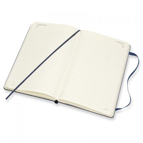 Moleskine 2022 Large Daily Diary Planner Hard Cover Sapphire Blue-inside